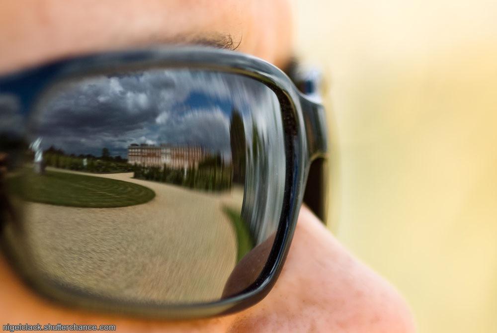 photoblog image Hampton caught in her glasses.